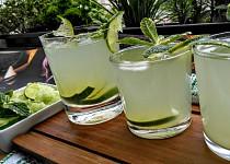 Okurkovo-limetková limonáda