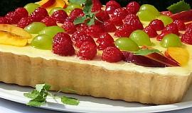 Lahodný linecký ovocný koláč s krémem