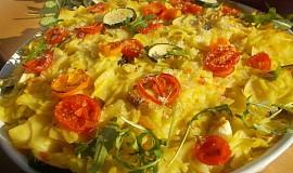 Zapečené těstoviny s rajčaty, cuketou a mrkví