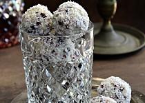 Brusinkové kuličky s kokosem