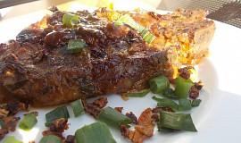 Krkovička v zázvorové marinádě s chilli papričkou