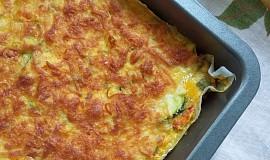Polentový nákyp se zeleninou a sýrovou čepicí