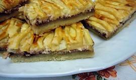 Křehký koláč s mřížkou