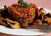 Smažená rýže s rajčaty
