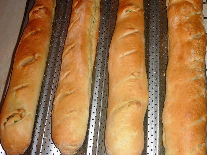 Česnekové bagety