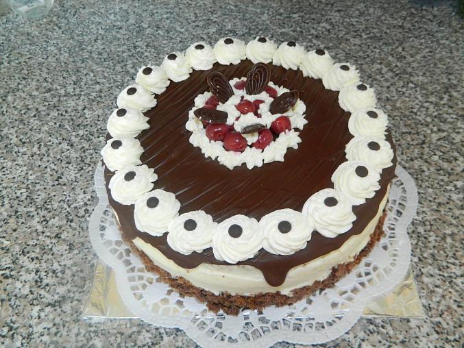 Kakaový dort s višněmi, Višňový dort