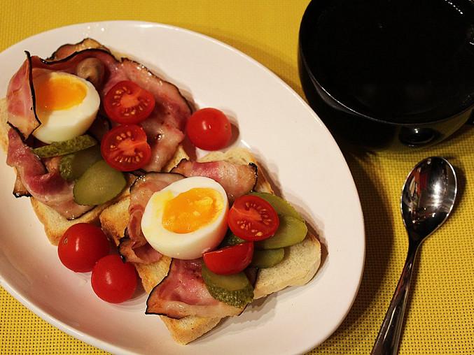 Skotská snídaně s anglickou slaninou, Skotská snídaně s anglickou slaninou