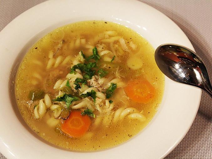 Domácí kuřecí polévka s těstovinami, Domácí kuřecí polévka s těstovinami