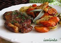 Pečená zelenina s plátkem krkovičky