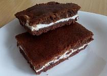 Super jednoduchá tvarohovo-kakaová buchta