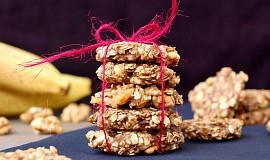 Banánové sušenky s ječnými vločkami a vlašskými ořechy