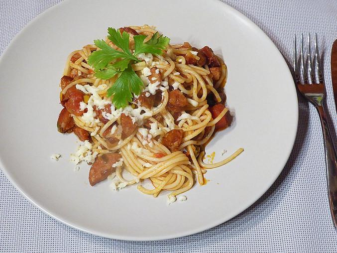 Rychlé špagety s rajčaty a mozzarellou, Rychlé špagety s rajčaty a mozzarellou