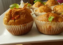 Muffiny s rajčaty a mozzarellou