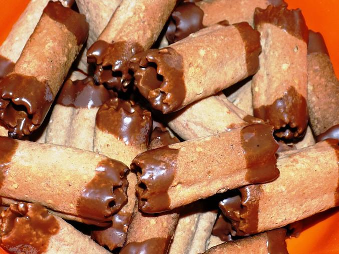 Trubičky s ořechovým krémem