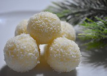 Kokosové kuličky s bílou čokoládou