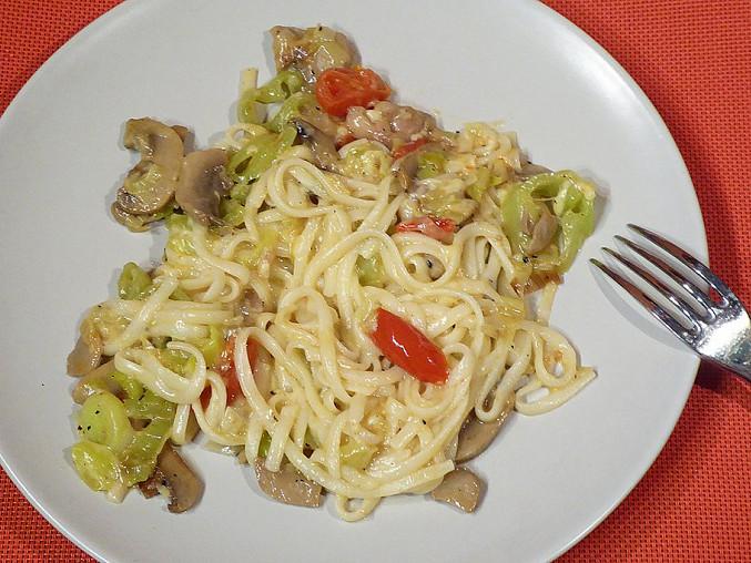 Kuře s pórkem, žampiony a špagetami, Kuře s pórkem, žampiony a špagetami