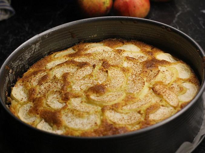 Rychlý vrstvený jablkový koláč, Po vyndání z trouby...
