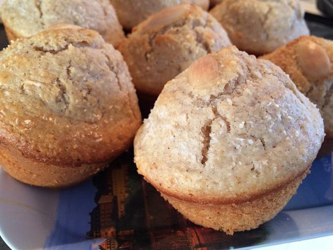 Ořechové muffiny se skořicí