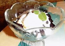Ovocný pohár s tvarohovými kuličkami se Zlatým klasem