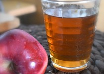 Sterilovaný jablečný mošt
