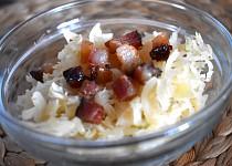 Zelný salát se slaninou