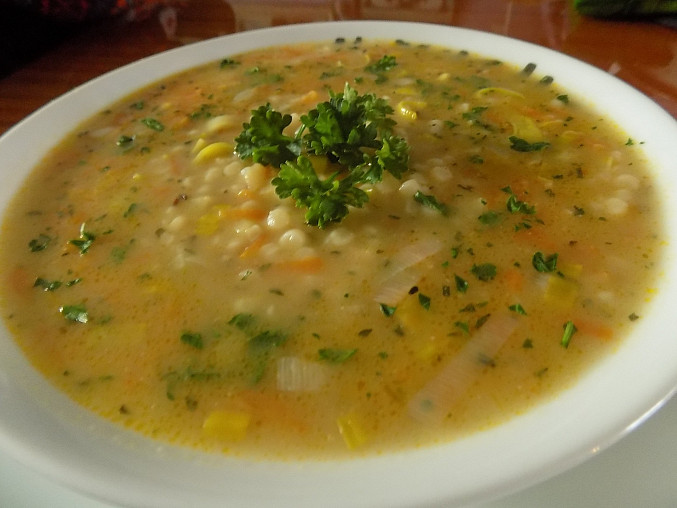 Jednoduchá polévka s tarhoňou