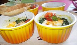 Misky zapečené se špenátovým hnízdem