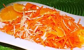 Mrkvový salát s celerem a pomerančem