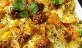 Pečené brambory s dýni, masovými kuličkami a mozzarellou