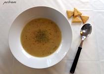 Rychlá hrachová polévka z hrachové mouky