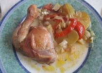 Plněné kuře na zelenině s brambory