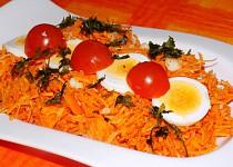 Mrkvový salát s rajčaty
