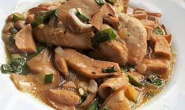 Kuře na hříbcích