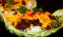 Listy plněné masovou směsí s rýží