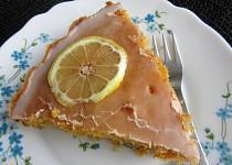 Mrkvový koláč s citronovou polevou