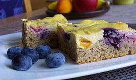 Bezlepkový tvarohovo - ovocný koláč