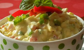 Vajíčkový salát se šunkou a jogurtem