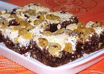 Kakaový koláč s angreštem a tvarohem