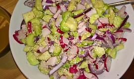 Korejský okurkový salát