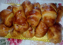 Plněné mini croissanty
