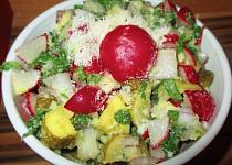 Ředkvičkový salát s parmezánem