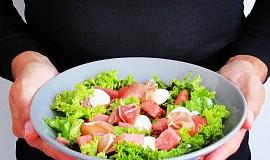 Salát s pršutem a melounem