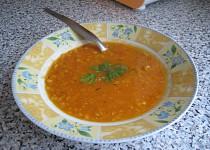Polévka s rajčaty a červenou čočkou II.