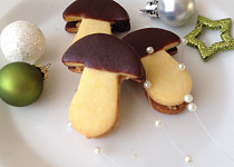Hříbky s ořechovou náplní