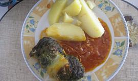 Kapustové závitky s mletým masem na špeku