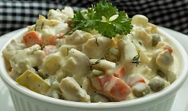 Salát ze štiky s domácí koprovou majonézou