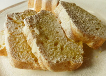 Šlehačkový chlebíček (hrníčkový)