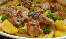 Křidélka ve smetanových bramborách
