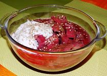 Kapustová polévka s červenou řepou
