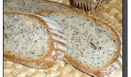 Kvasový chléb s mákem a sýrem